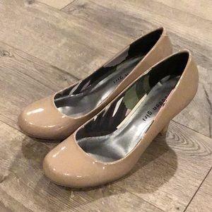 Madden Girl Heels Size 8.5 Unifyy
